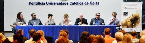CONABEA Goiânia-2013: aprovado texto de atualização das diretrizes, eleita nova diretoria, lançado livro sobre os 40 anos da abea.